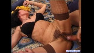 Over 60 with hairy pussy, fucks in the ass with your big cock Fausto Moreno